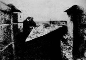 La considerada primera fotografía. Realizada por el francés Joseph Nicéphore Niépce en 1826.